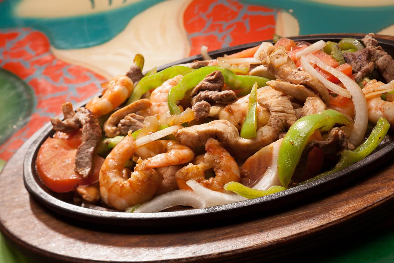 shrimp and chorizo fajita vegetariana our special recipe with grilled ...